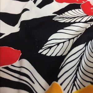 maxine Swim - Plus size swim suit size 16 is. Tight fitting